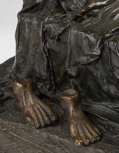 Aveva--feet
